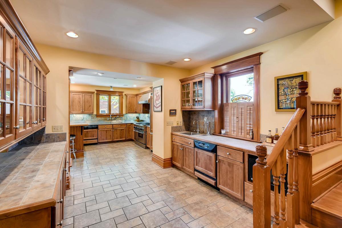 Charming Historic Craftsman Home mansions