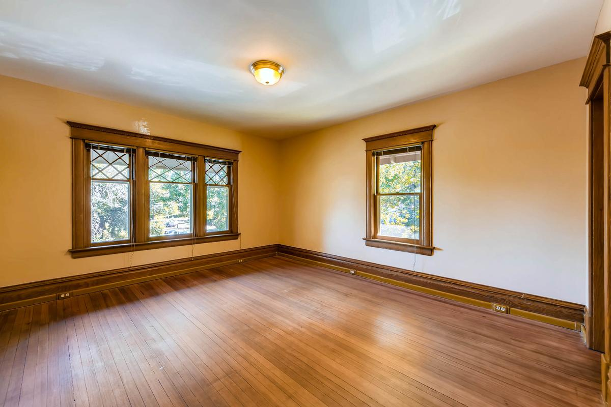 Luxury properties Charming Historic Craftsman Home