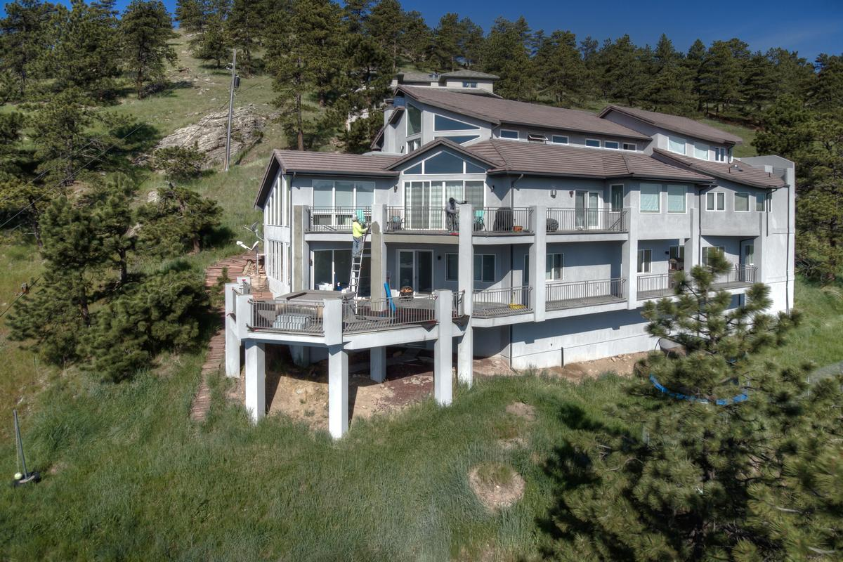 Luxury homes Stunning Mountain Home - New and Improved