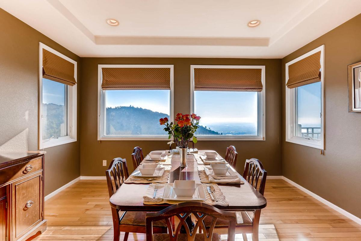 Luxury properties Stunning Mountain Home - New and Improved