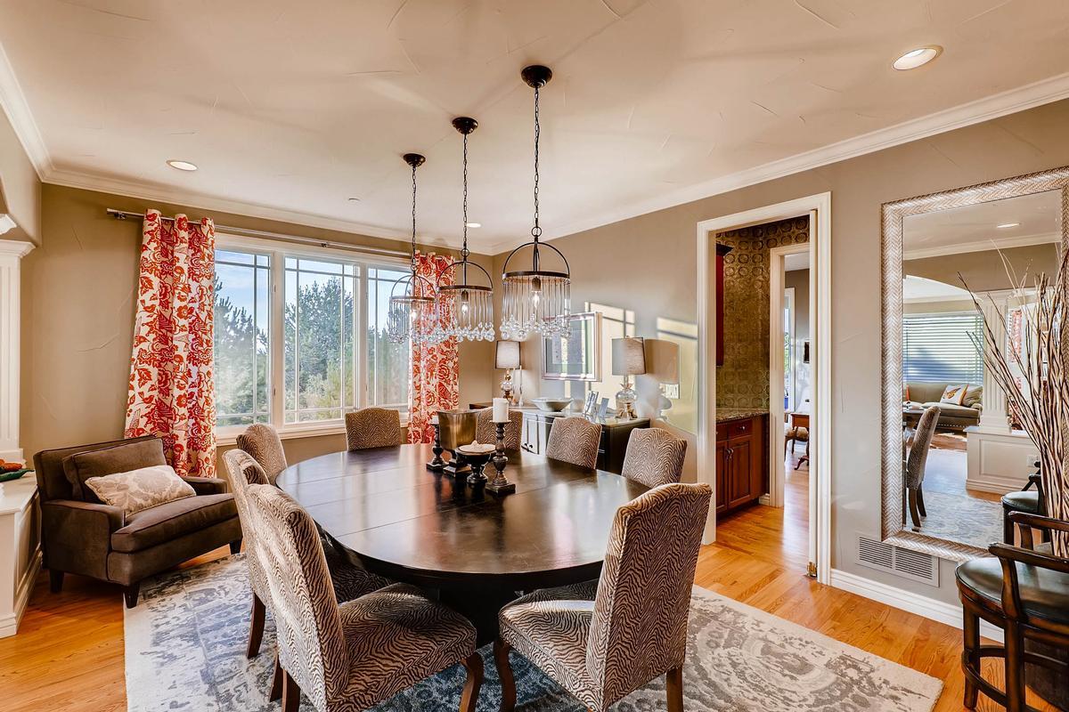 Luxury homes Palatial Somerset Estate