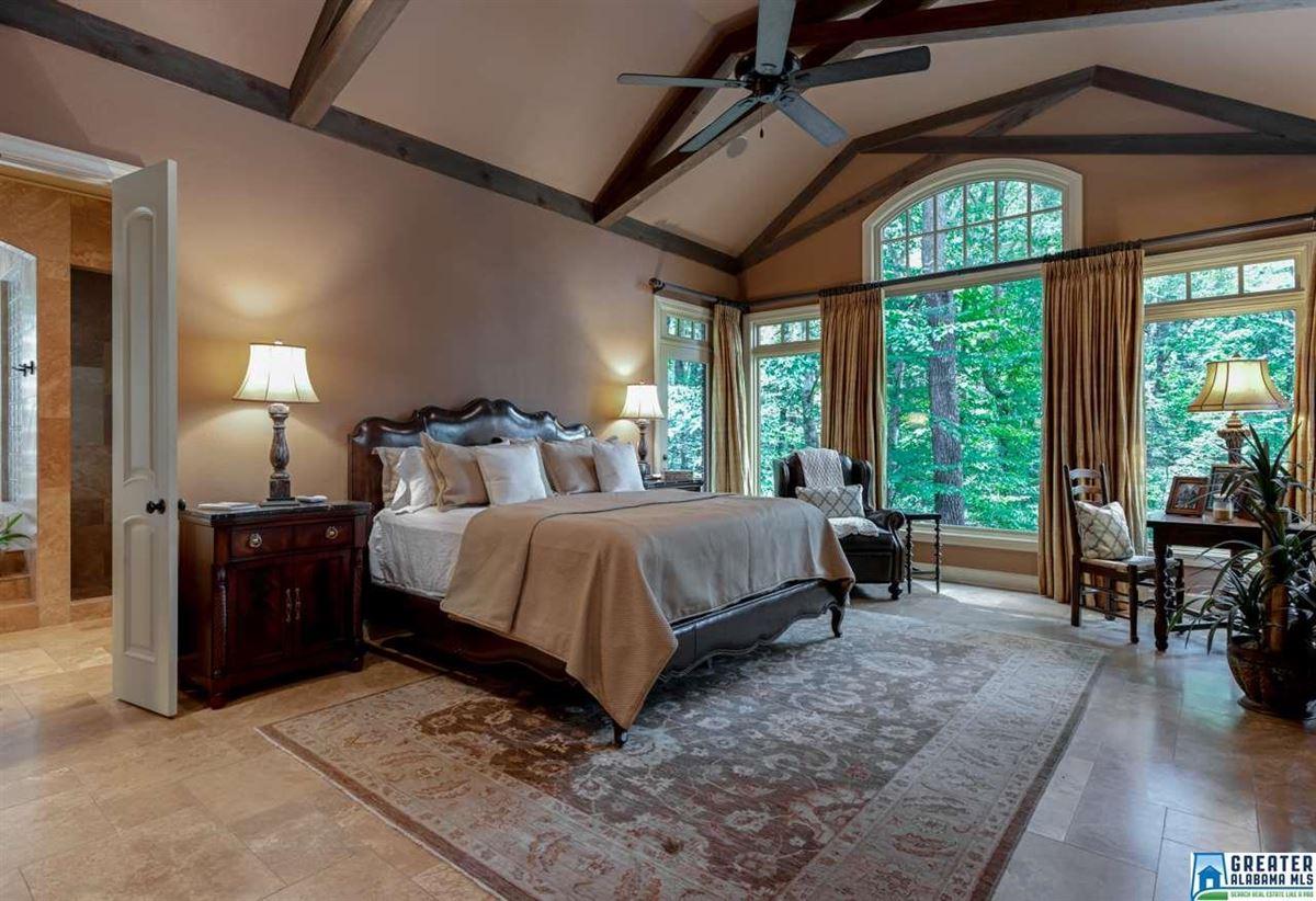 63 Acs. Custom High Ridge Estate on 30 Ac. Lake mansions