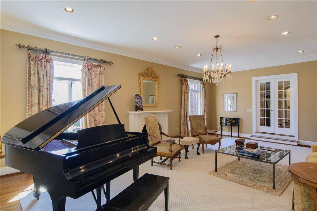 Luxury homes historic tudor estate