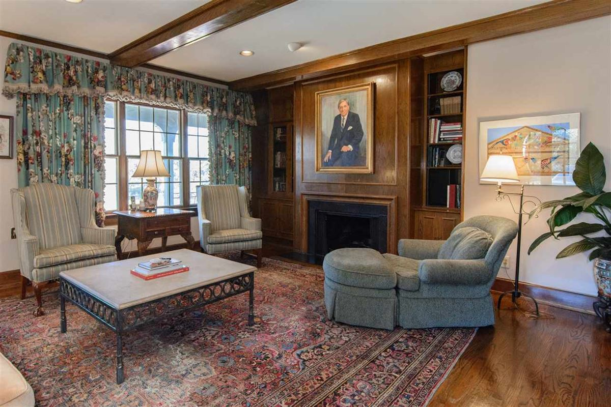 historic tudor estate mansions