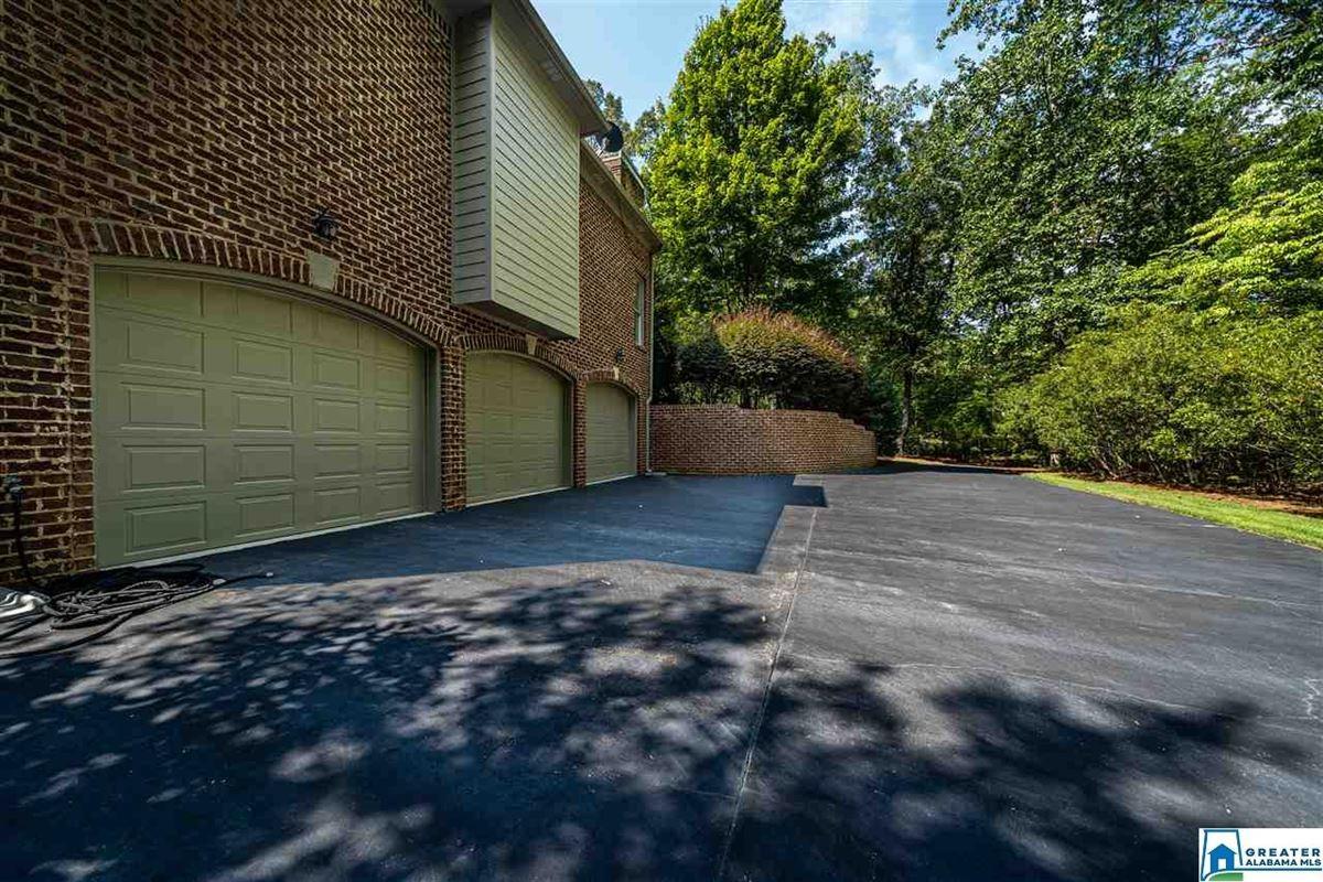 Welcome home to Shoal Creek luxury homes