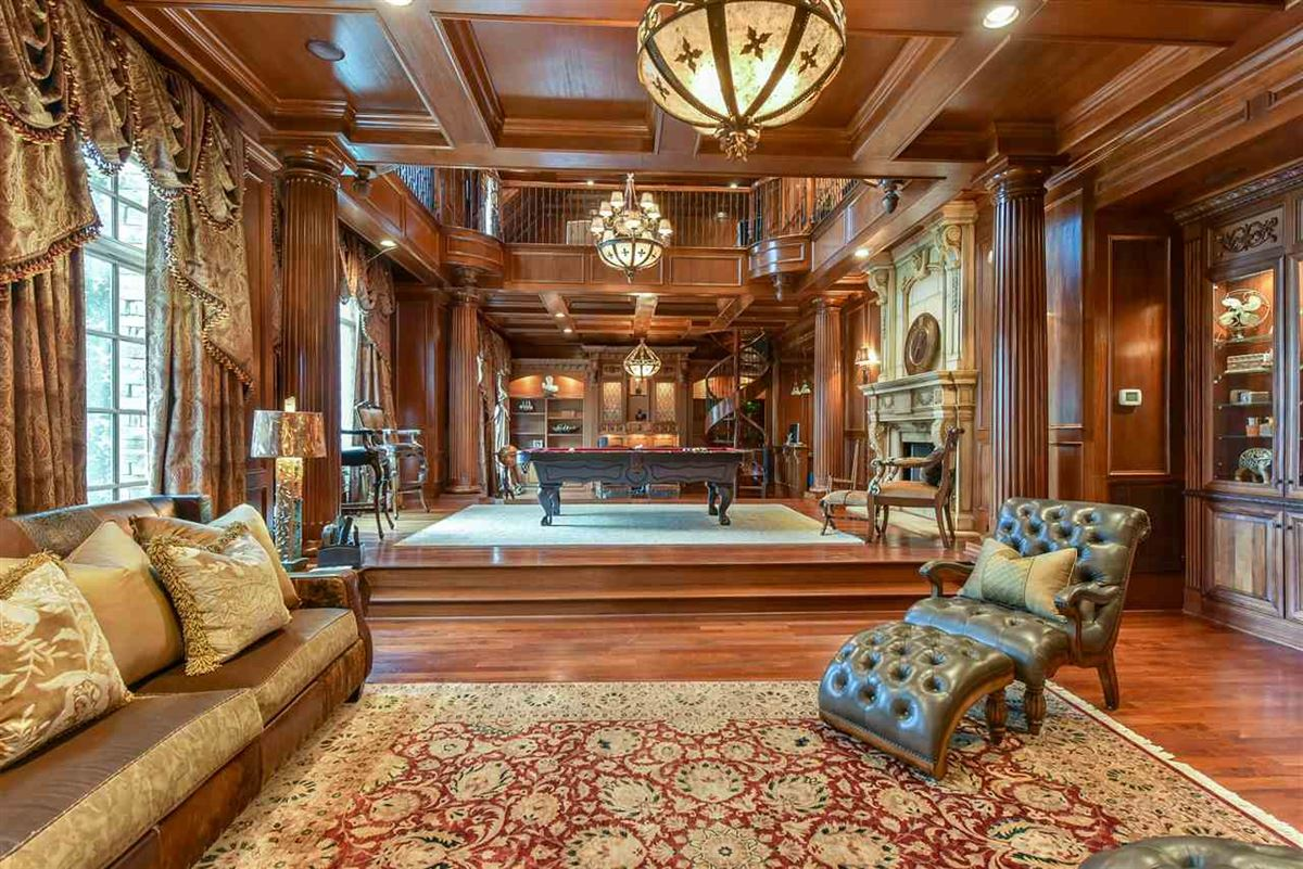 Luxury properties spectacular mansion on picturesque grounds