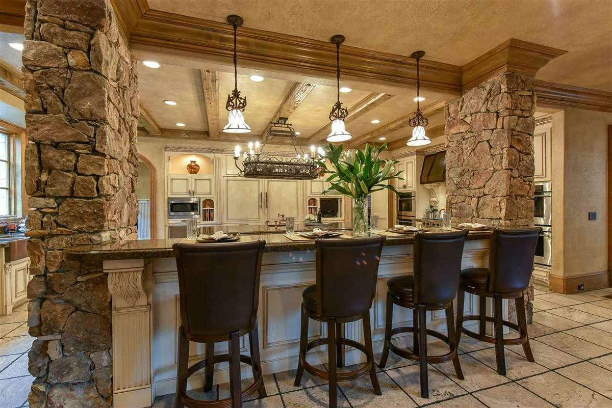 spectacular mansion on picturesque grounds luxury real estate