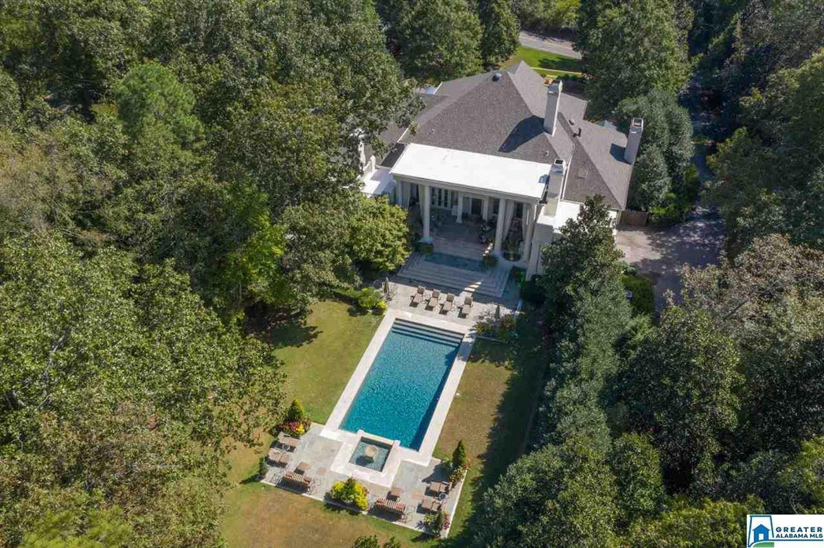 Luxury homes Gorgeous estate home in Abingdon