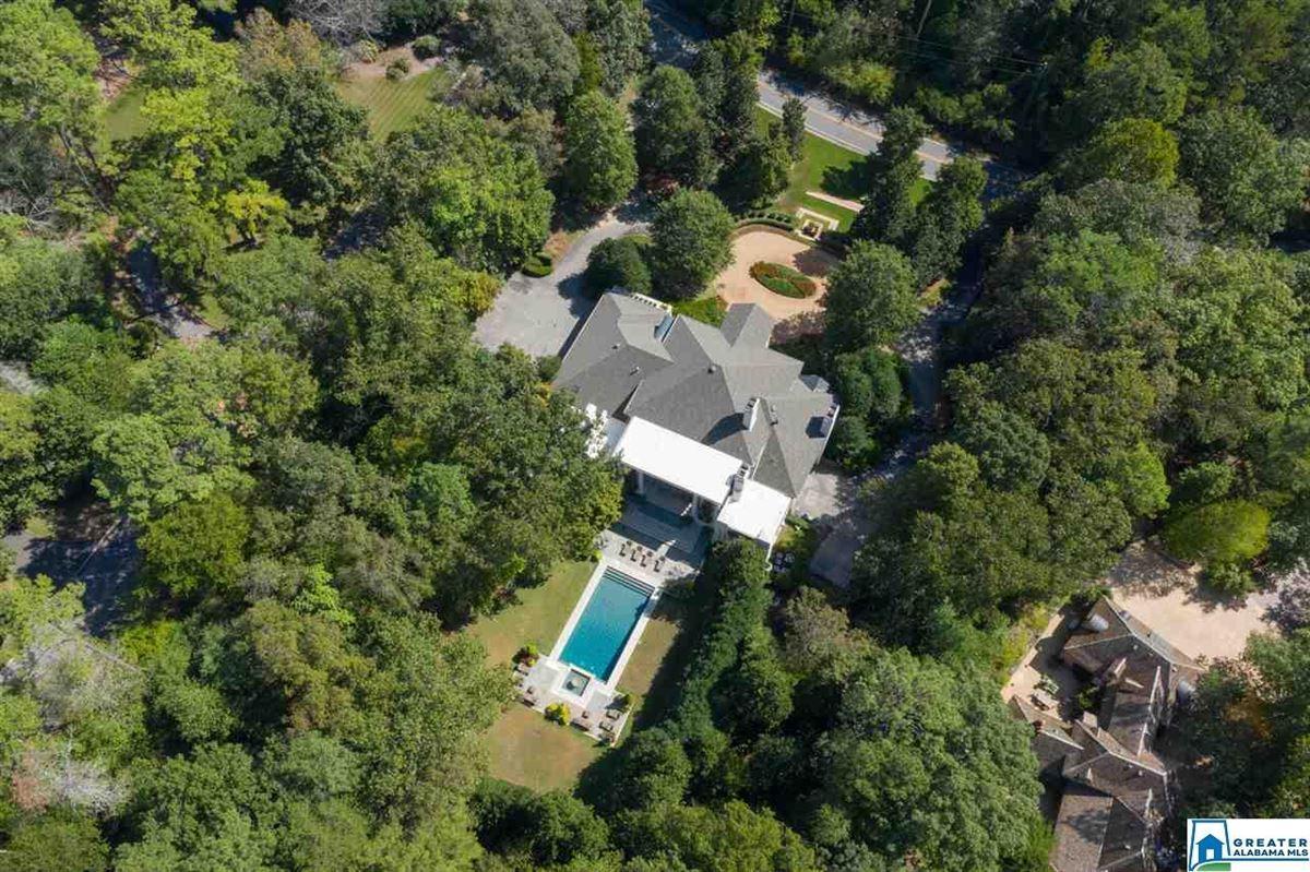Gorgeous estate home in Abingdon  luxury homes