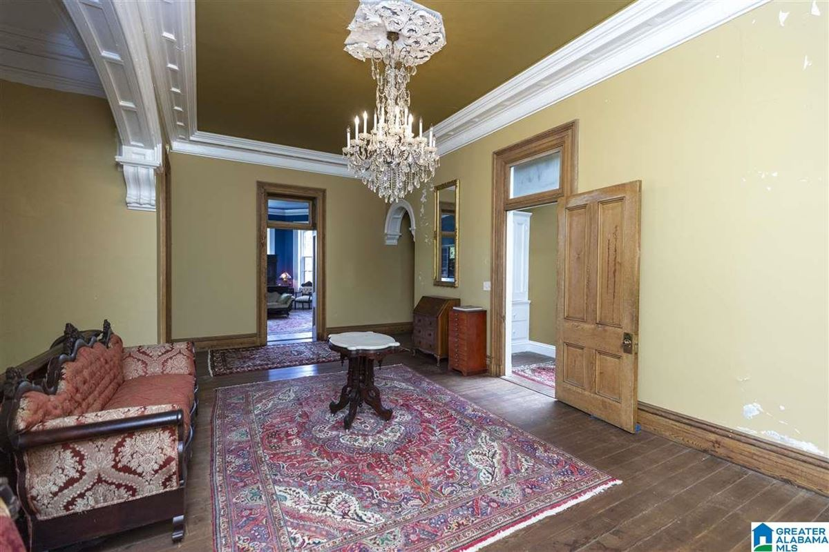 Kenworthy Hall-Carlise House luxury real estate