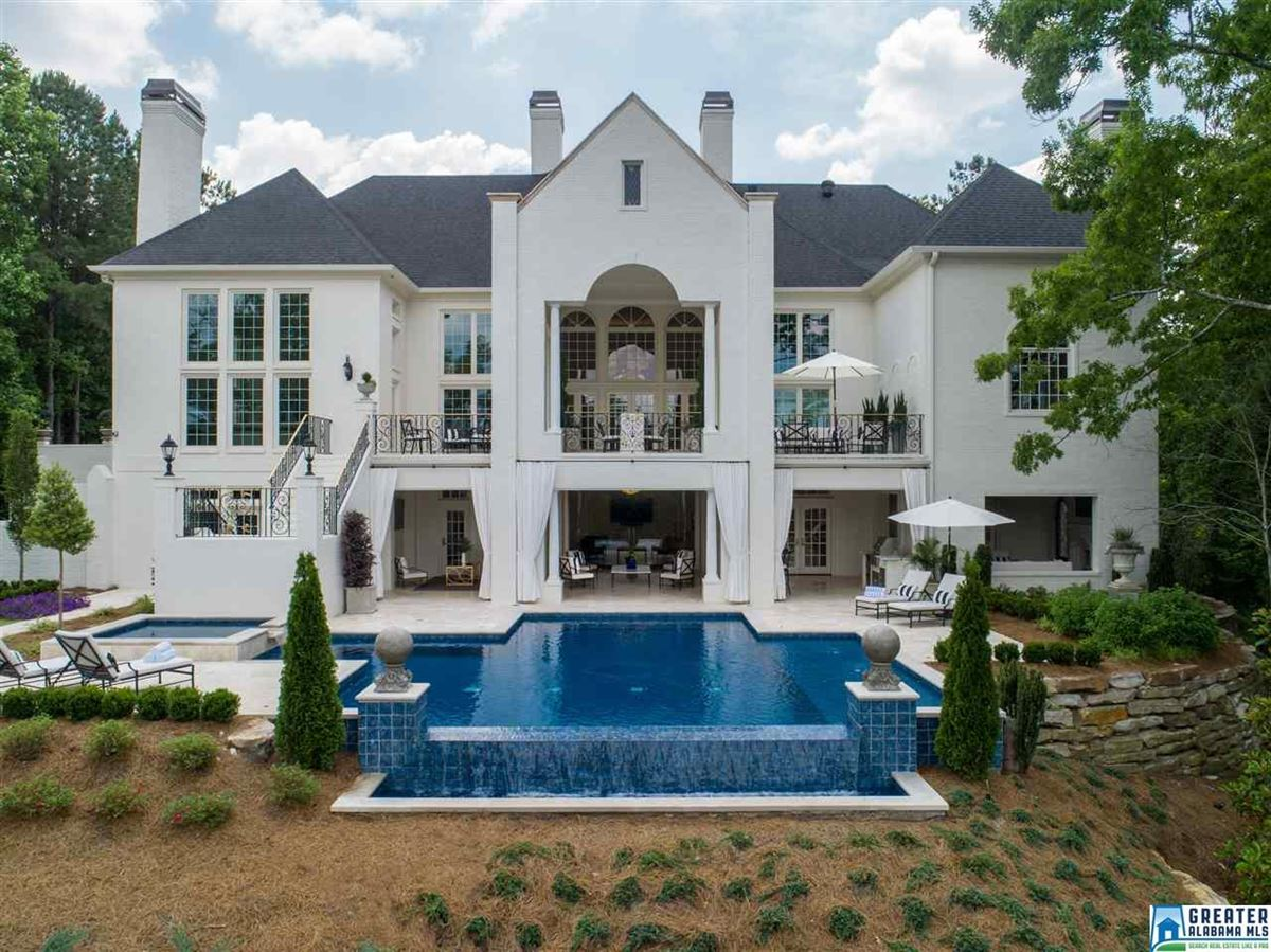 Luxury homes showcase Greystone Estate