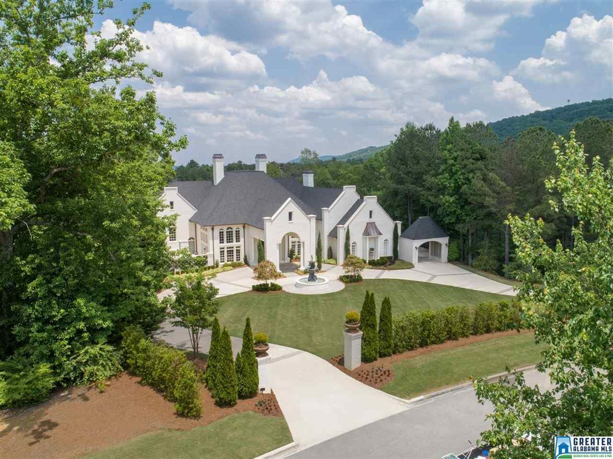 Luxury properties showcase Greystone Estate