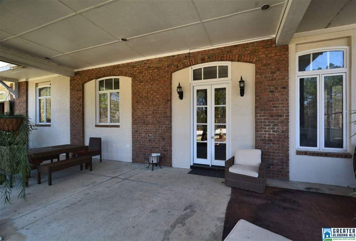Mansions Fabulous 72 acre Equestrian farm
