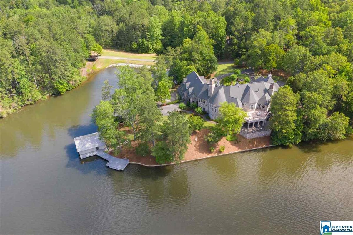 Mansions timeless Country French estate at exclusive Lake Wehapa