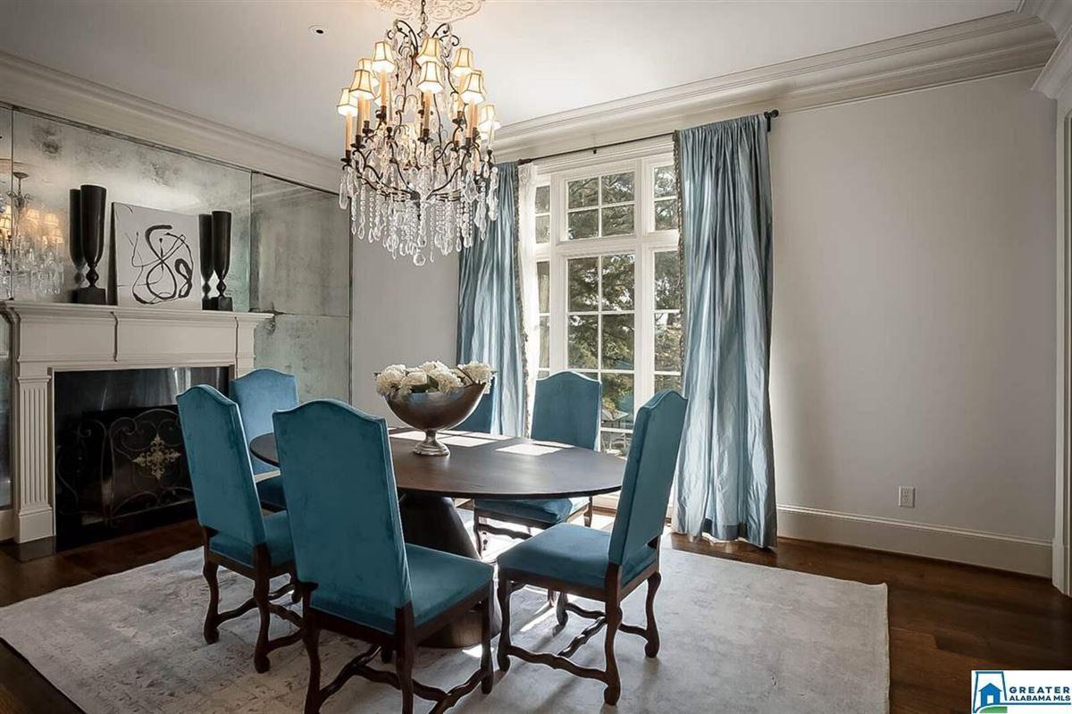 Beautiful stucco home luxury properties