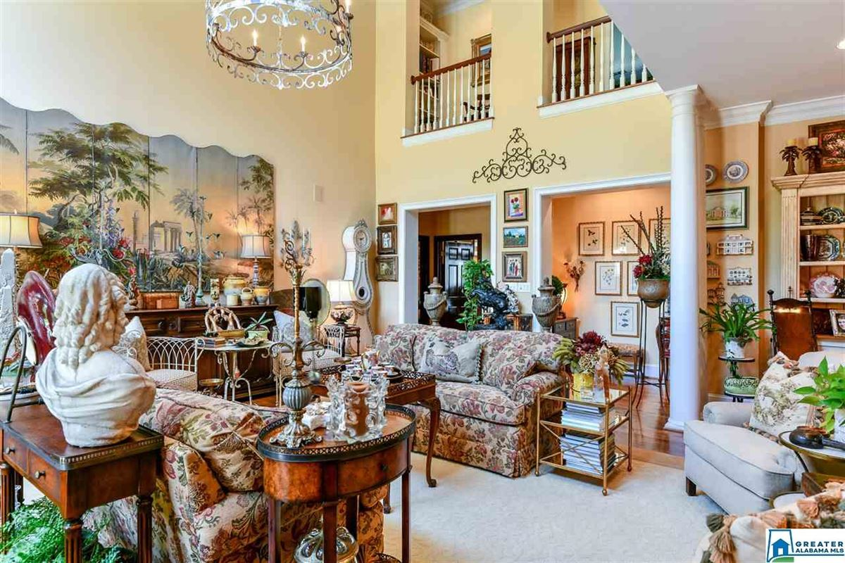 Luxury homes southern plantation style home