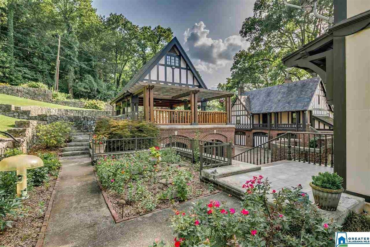 grand English Tudor mansion in birmingham luxury homes