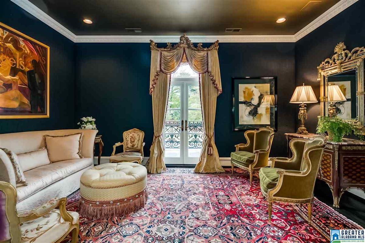 Custom built estate home luxury homes