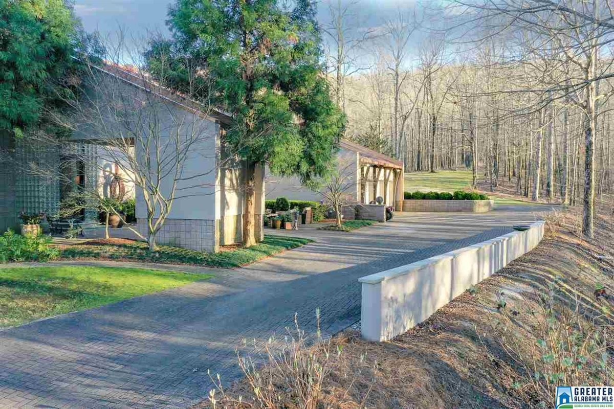 Luxury homes in LUXURY horse farm