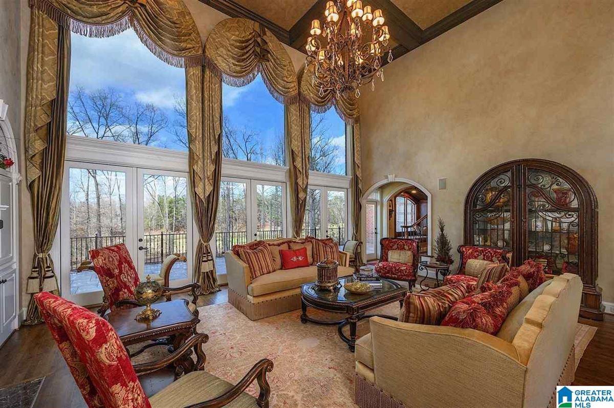 Splendor on the Green luxury properties