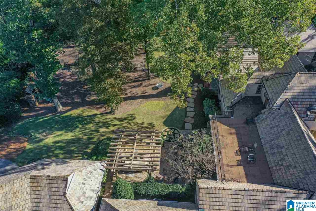 Mansions Old Mountain Brook appeal