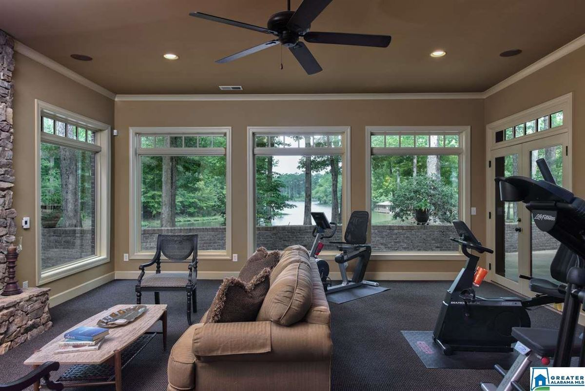 63 Acs. Custom High Ridge Estate on 30 Ac. Lake luxury homes