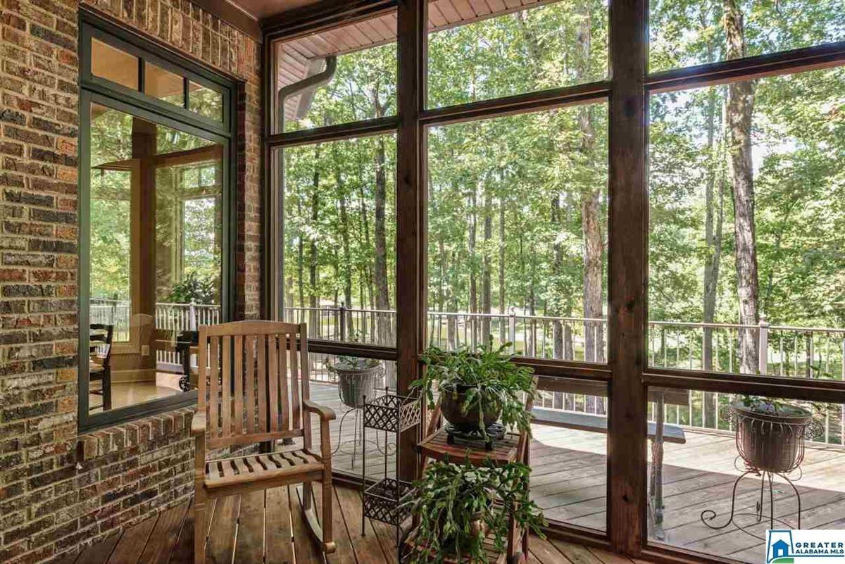 Mansions 63 Acs. Custom High Ridge Estate on 30 Ac. Lake