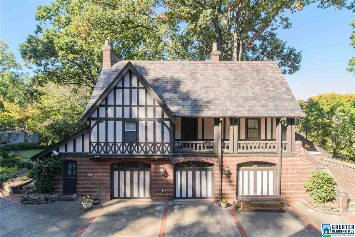 grand English Tudor mansion in birmingham luxury real estate