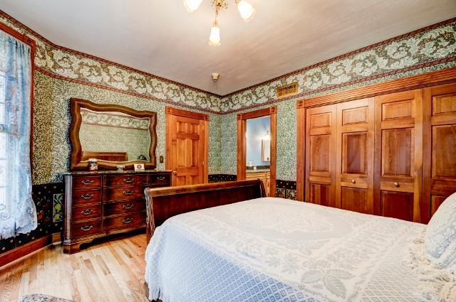 24 Baldwin Lane luxury homes