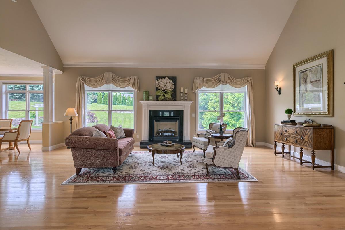 2 Pine Tree Drive luxury properties
