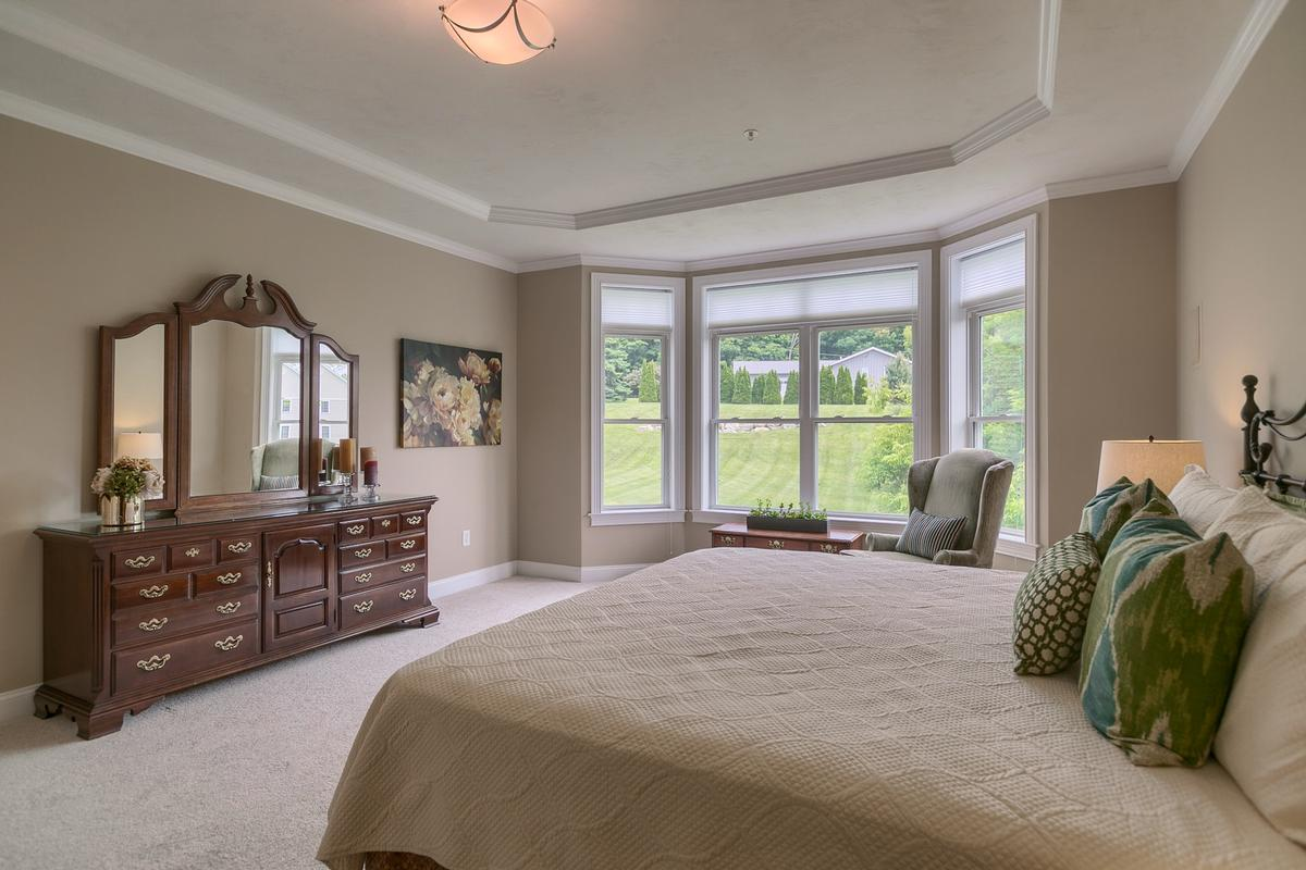 Luxury homes 2 Pine Tree Drive