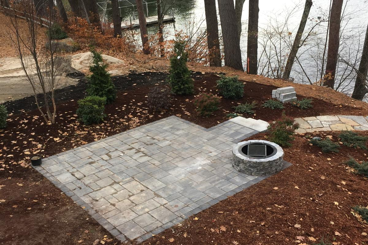 Luxury real estate NEW WATERFRONT CONSTRUCTION in WOLFEBORO