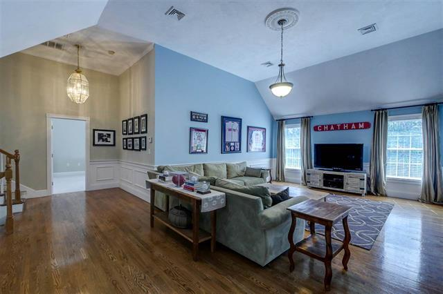 Luxury homes 62 Heritage Hill