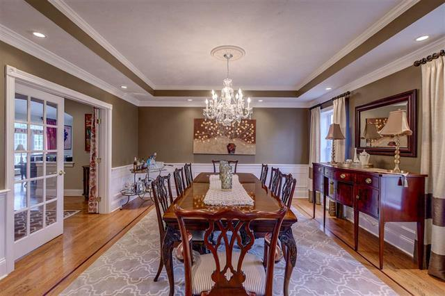 62 Heritage Hill luxury real estate