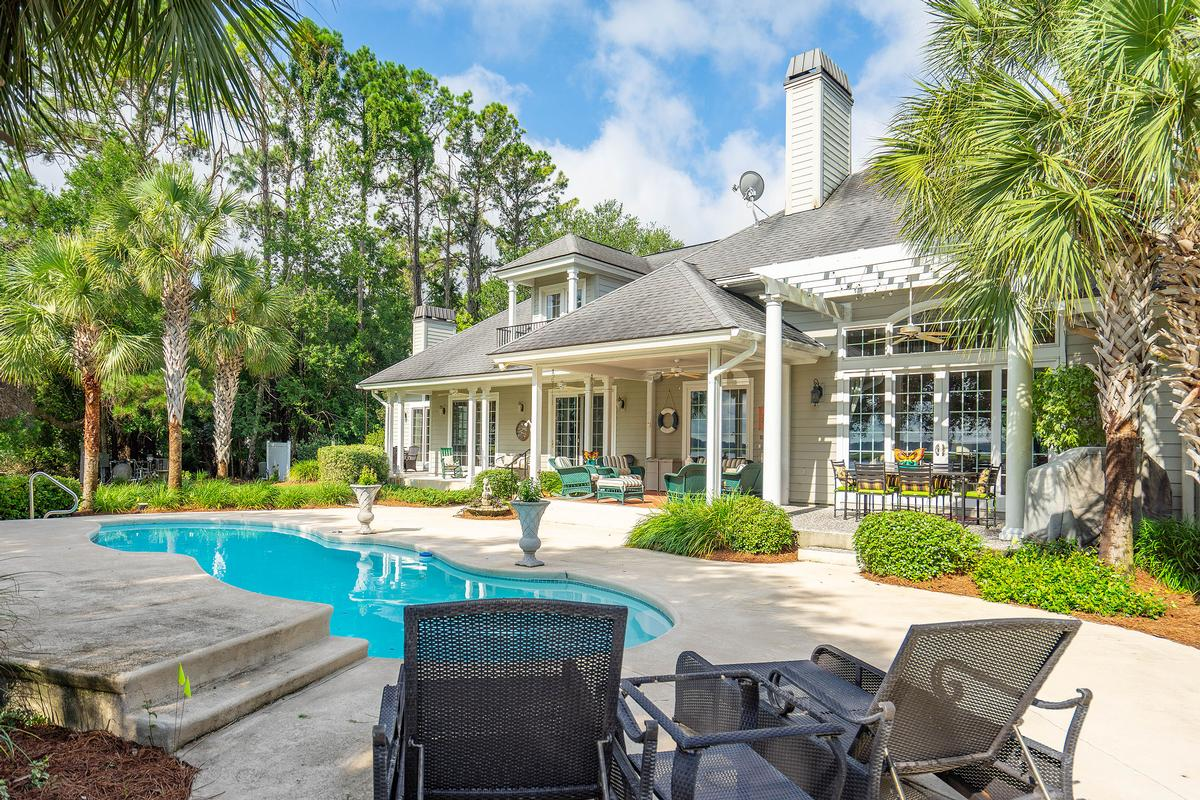 3519 Morgan River Drive mansions