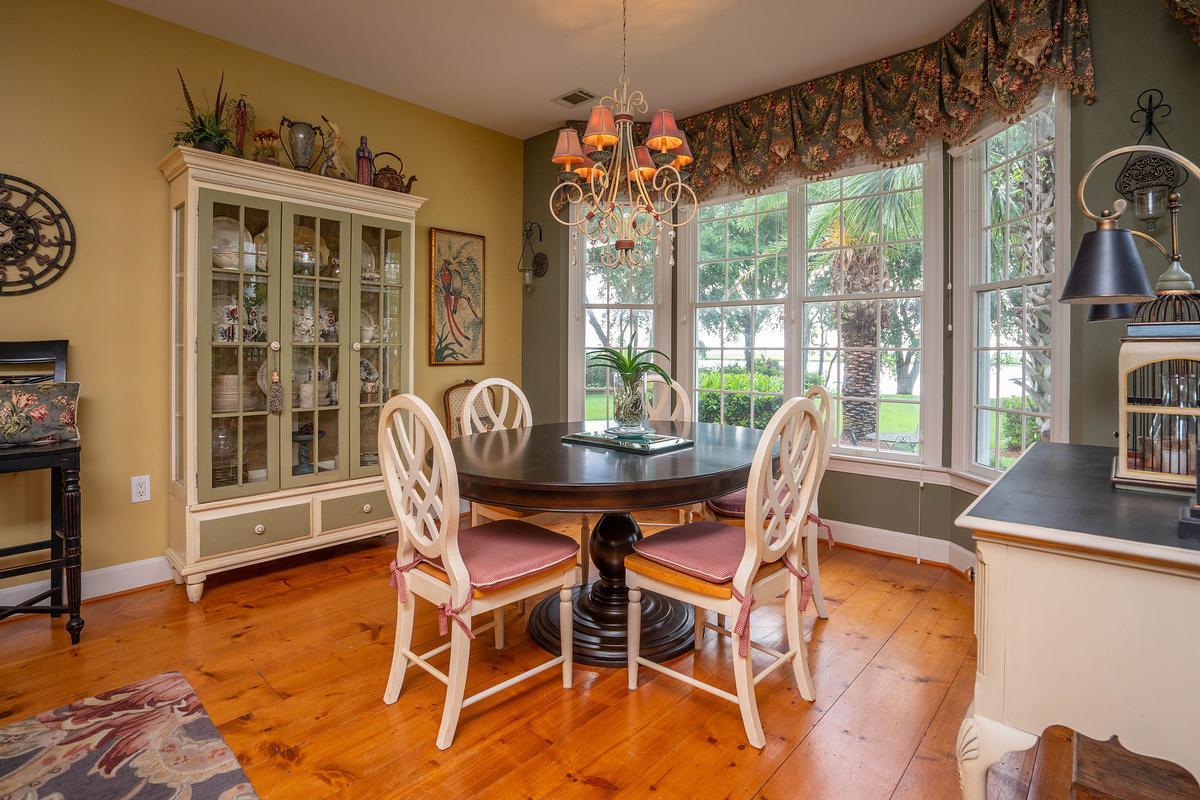 3519 Morgan River Drive luxury properties