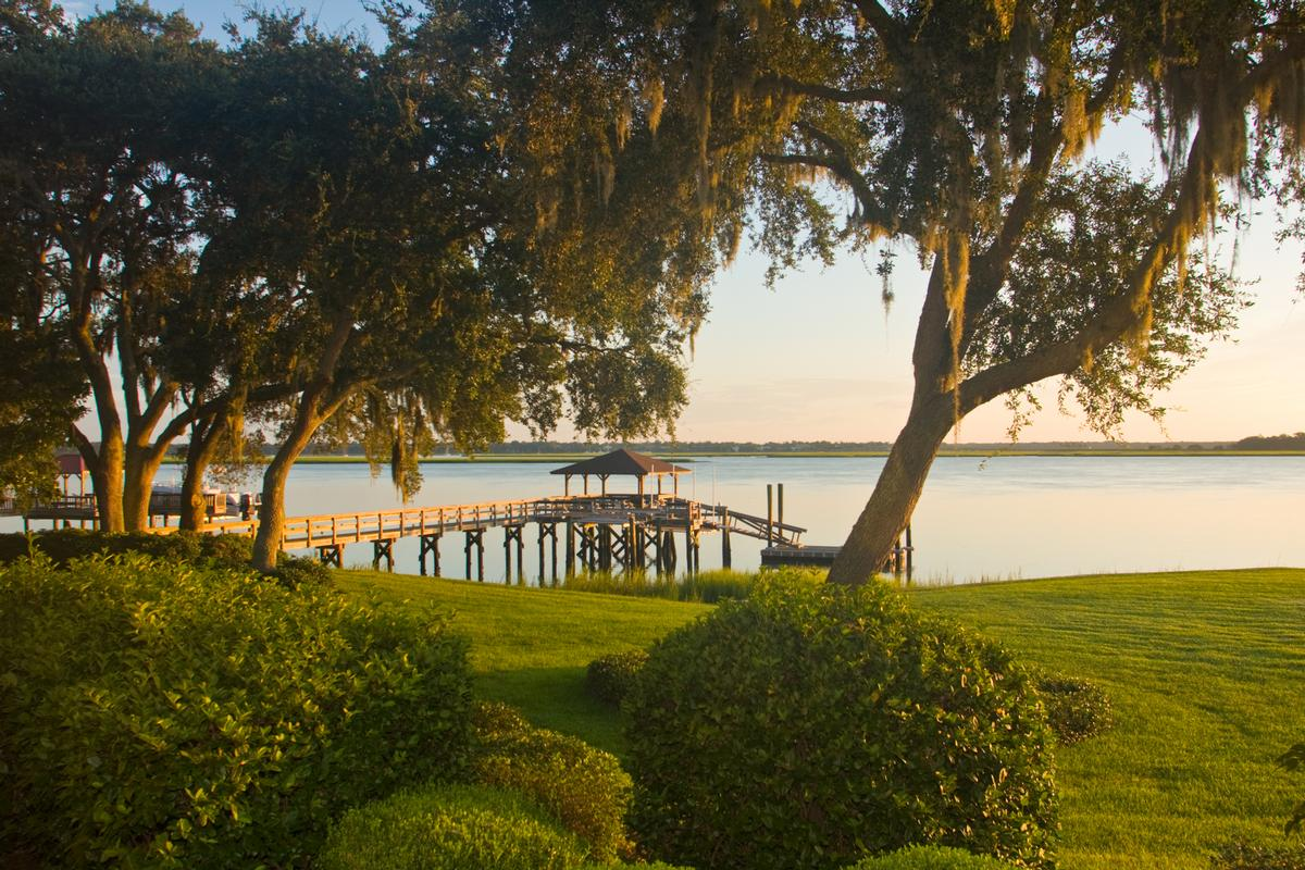 Luxury homes in tranquil waterfront location