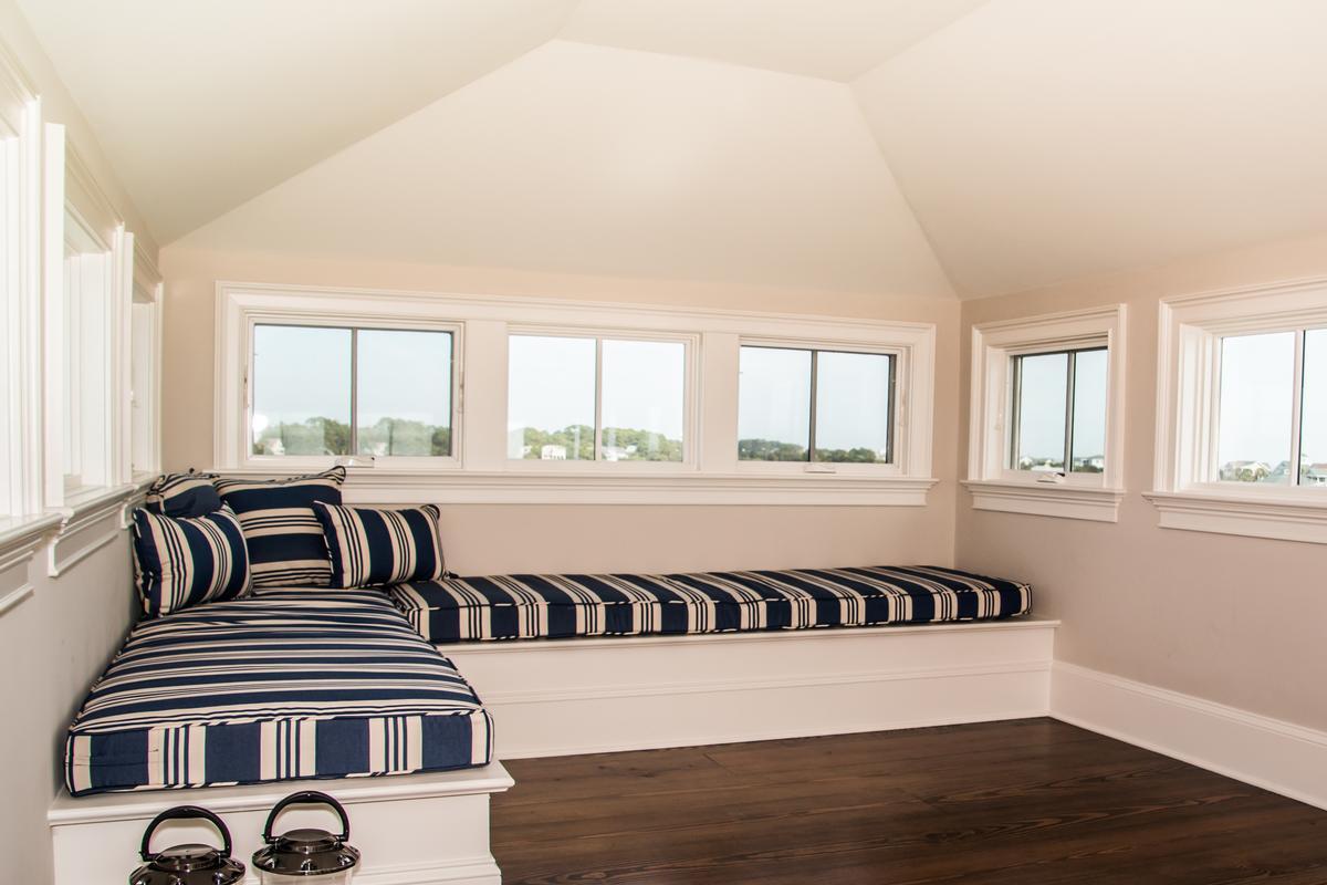 Luxury homes Stunning views