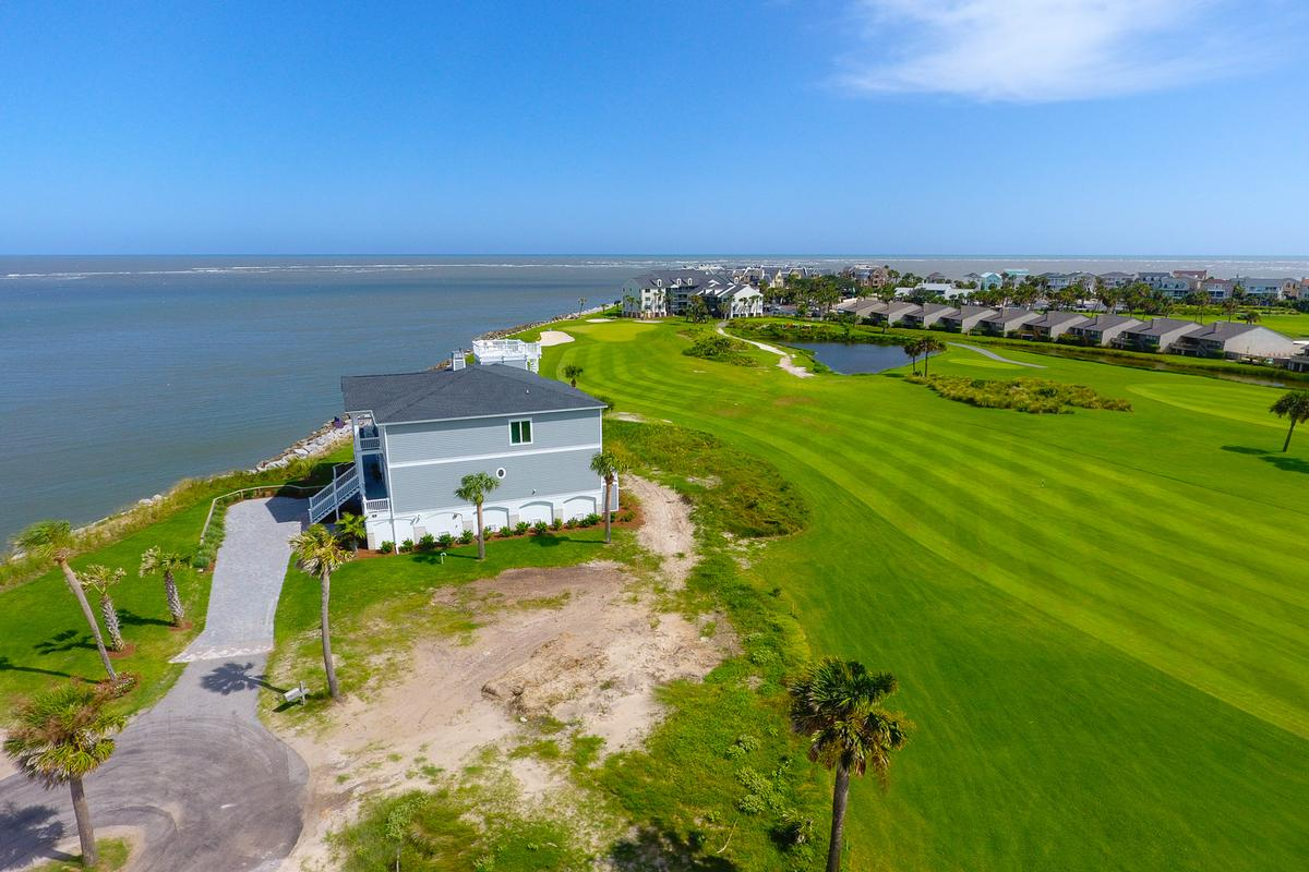 Luxury homes in 522 Porpoise Drive