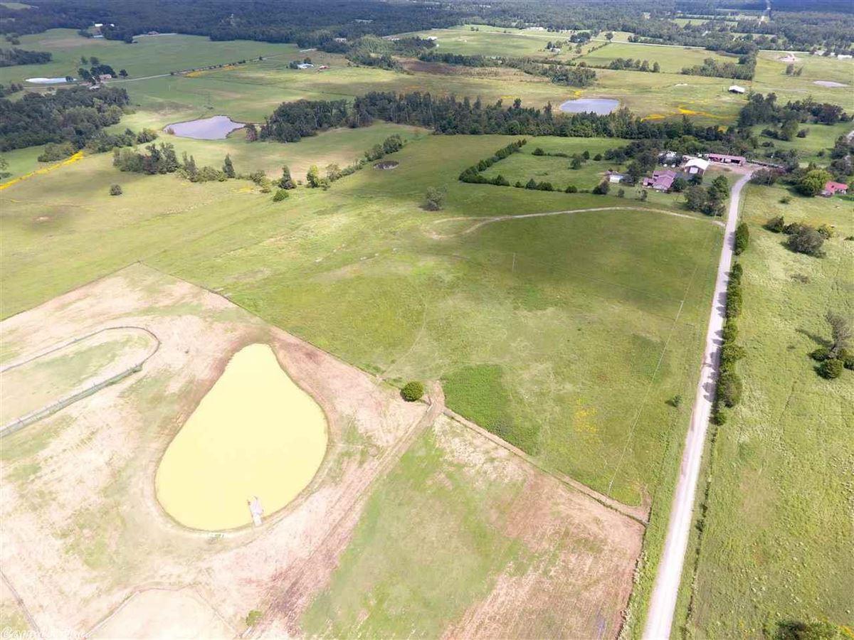 200 acres in White County luxury properties