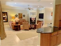 Luxury properties WONDERFUL OPEN FRIENDLY FLOOR PLAN