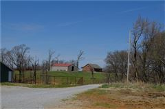 Luxury homes Very nice mid size farm