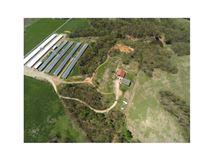 Very nice mid size farm luxury real estate