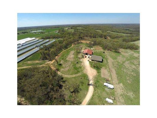 Luxury real estate Very nice mid size farm