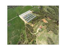 Very nice mid size farm luxury properties