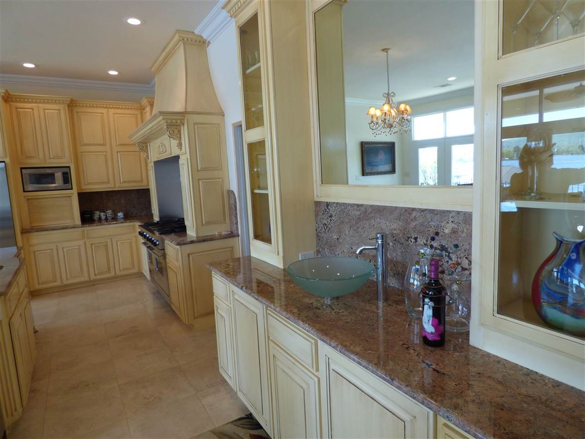 Mansions exquisite custom waterfront home in hot springs