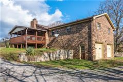 Luxury properties Ranch style home on beautiful property