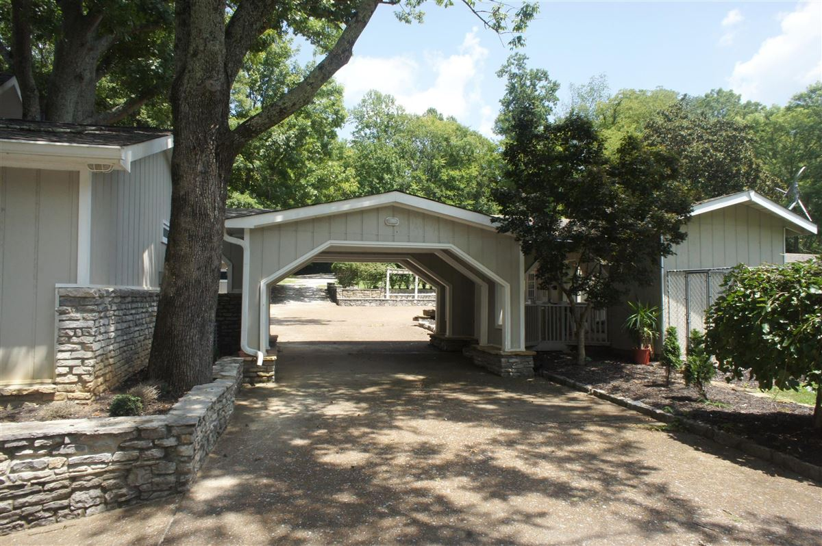 Very rare property offered on Old Hickory Lake luxury properties