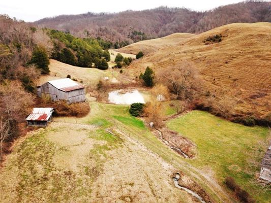 Luxury properties East Tennessee oasis of 308 acres