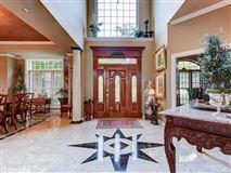 Mansions in elegant custom home in hot springs